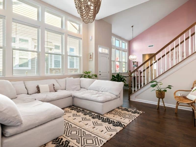 Important Things To Consider When Arranging Sectional Sofas