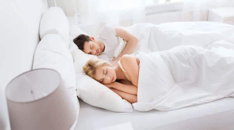 What Are The Main Differences Between Innerspring vs Memory Foam Mattresses